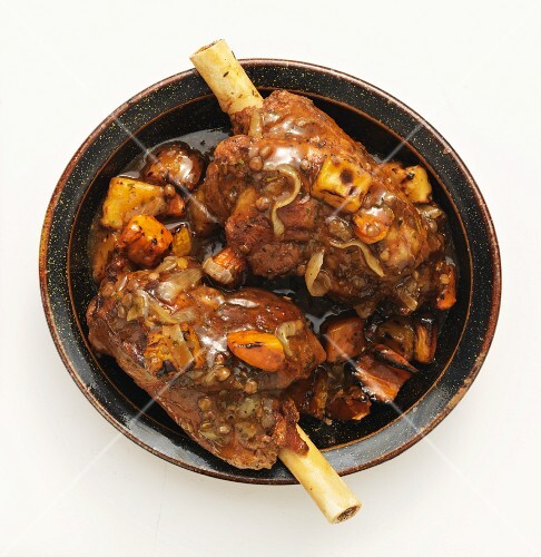 Leg of lamb with root vegetables