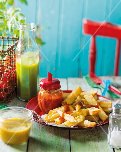 Homemade ketchup and chips