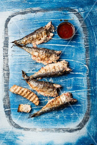 Grilled sardines filled with chilli