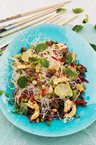 Glass noodle salad with peanuts, prawns, beef and vegetables