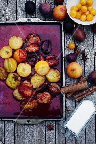 Oven-baked plums with star anise and cinnmon