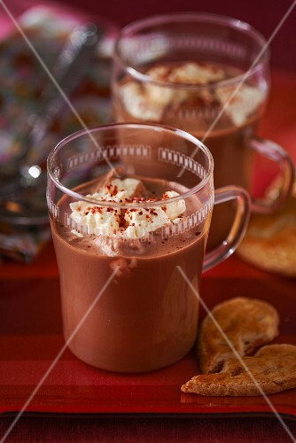 Hot chocolate with cream and chilli powder