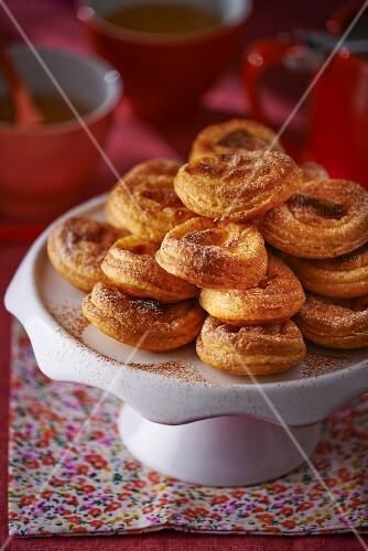 Pasteis de nata on a cake stand
