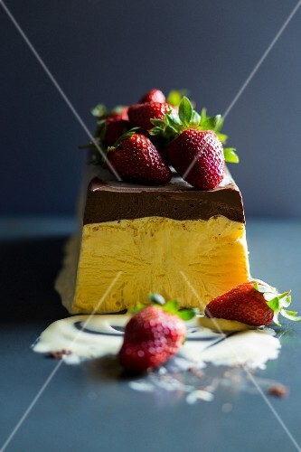 Semifreddo with strawberries