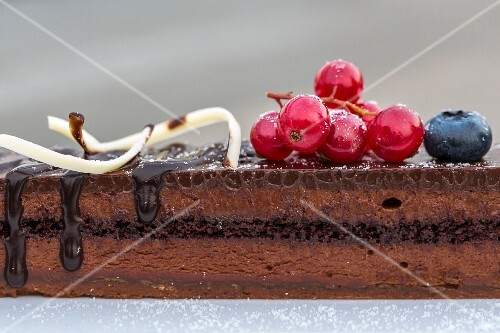 Chocolate cake with fresh berries (Bangkok, Thailand)