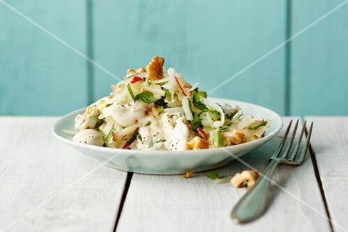 Kohlrabi salad with silken tofu, apples and walnuts