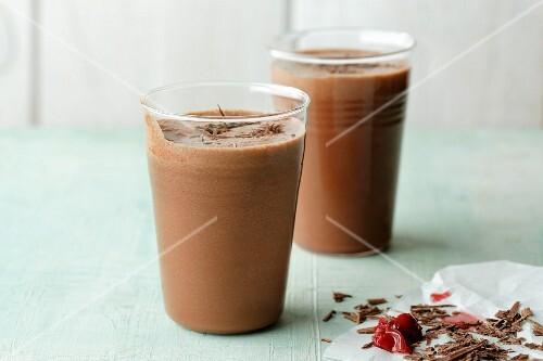 Vegan dark chocolate and cherry smoothies