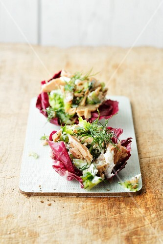Radicchio filled with a tuna and dill salad