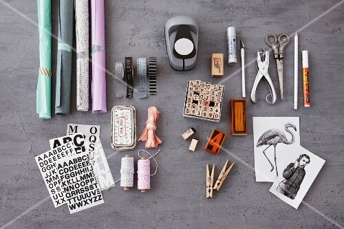 Materials and utensils for labelling and decorating jars of preserves