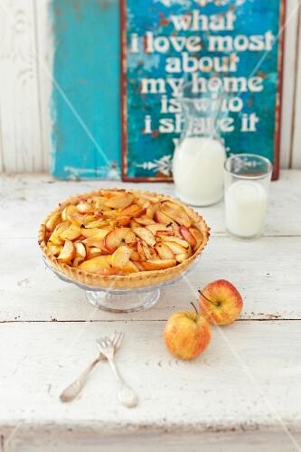 Apple tart and milk