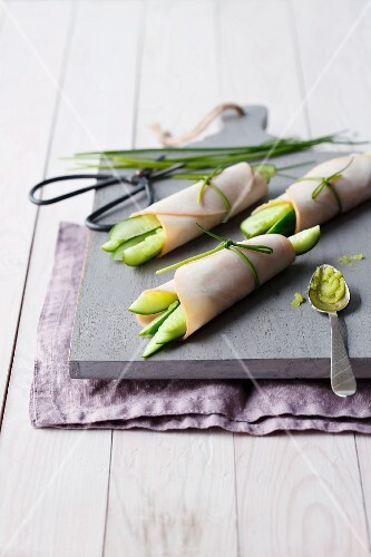 Spicy turkey breast rolls with cucumbers