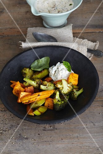 , roasted vegetables with tomato and goat's cheese cream