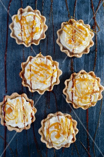 Banoffee tarts (seen from above)