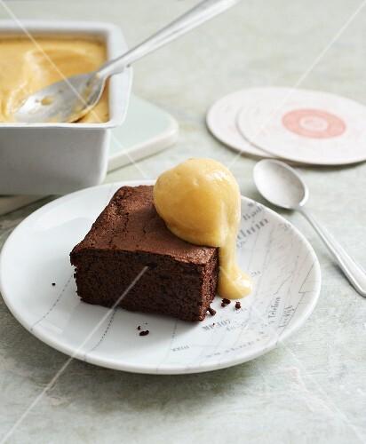 Vegan brownies with homemade mango ice cream