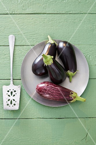 A plate of aubergines