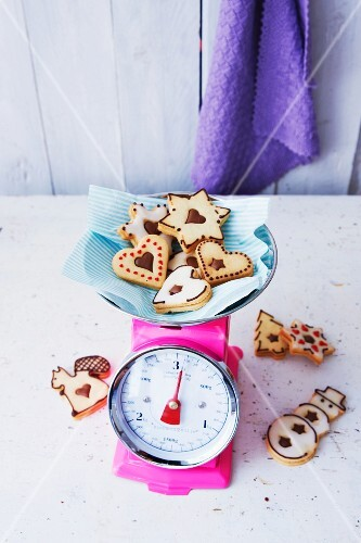 Vegan nougat biscuits for Christmas