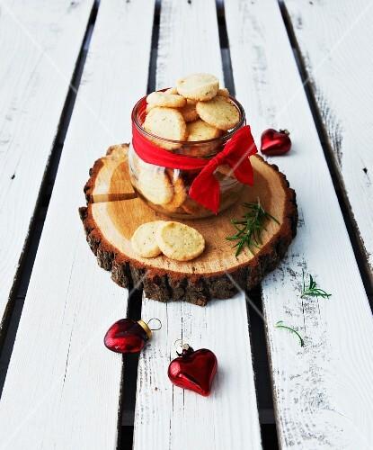 Vegan rosemary shortbread biscuits with fleur de sel