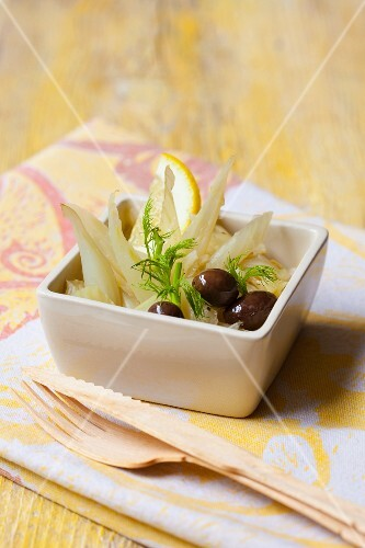 Fennel salad with lemons and olives