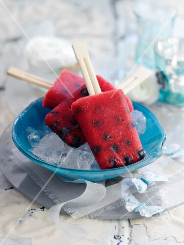 Melon and blueberry ice lollies