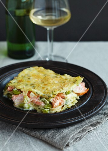 Lasagne with salmon and broad beans