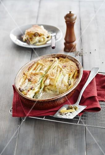 Asparagus and macaroni bake