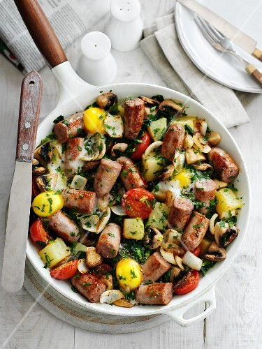 All Day Breakfast (hearty breakfast with sausages, USA)