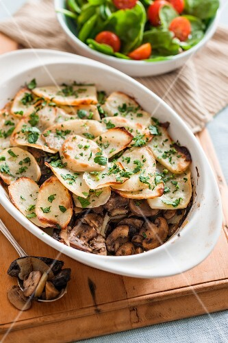 A mushroom and potato bake with herbs