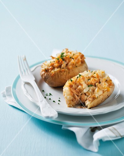 Roast potatoes filled with salmon and mozzarella