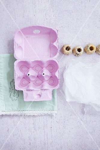 An egg box for packing mini Bundt cakes as a gift
