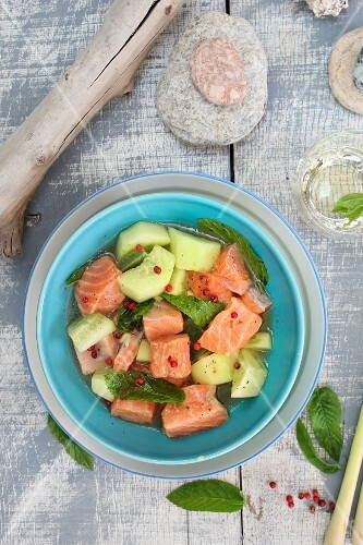 Diced marinated salmon with cucumber