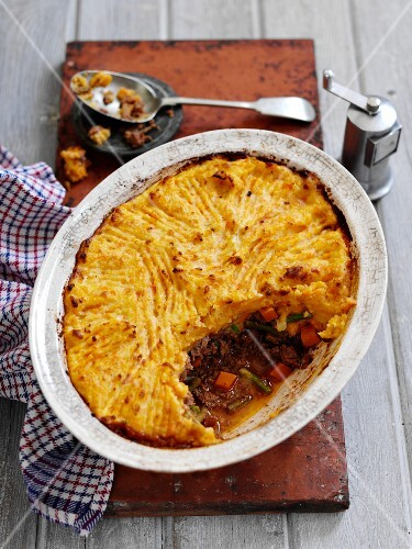 Beef pie with carrots and a mashed potato topping