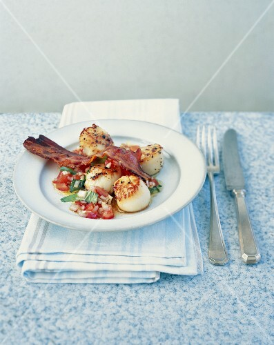 Scallops with Pancetta and sauce vierge