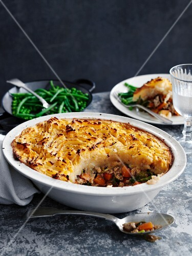 Turkey bake with a mashed potato topping