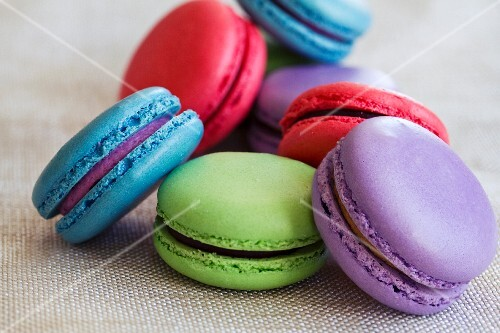 Various different coloured macaroons