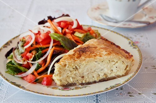 Chicken pot pie with a side salad (England)