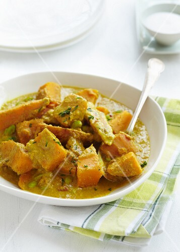 Sweet potato curry with edamame beans