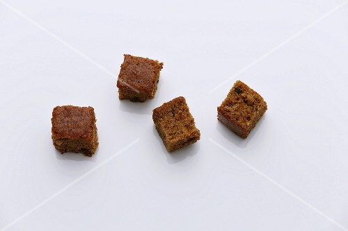 Four cubes of gingerbread