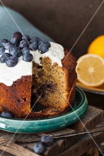 Lemon and blueberry cake with poppy seeds, sliced