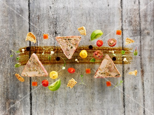 Pork terrine with caramelised apples