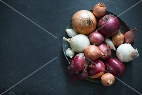 Various onions in a basket