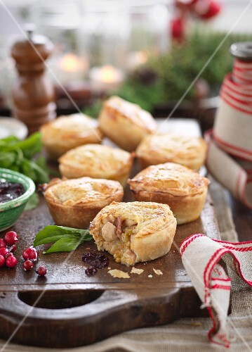 Turkey and bacon pies (Christmas)