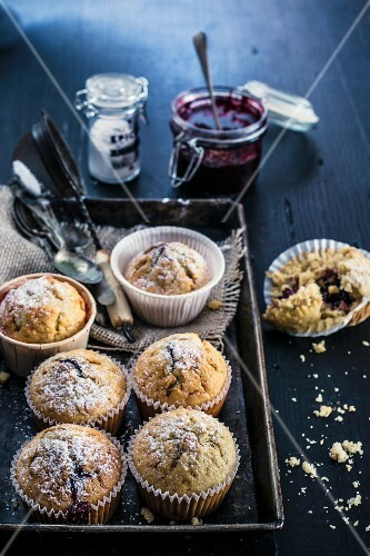 Wholemeal muffins filled with berry jam