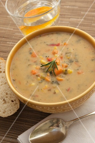 Vegetable soup with sweetcorn and carrots