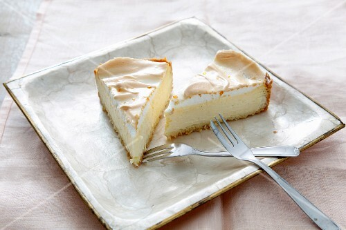 Two slices of meringue cheesecake