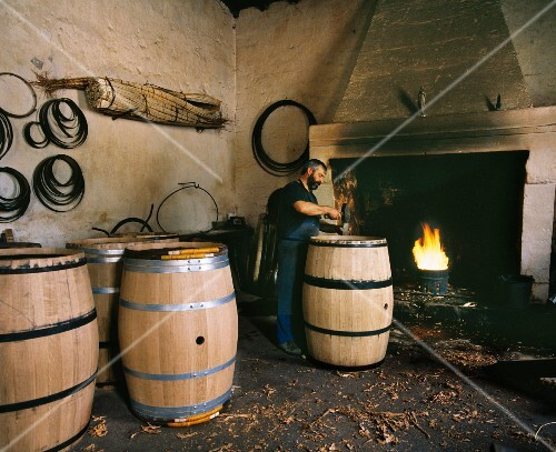 Alain Nunes at work in the cooperage of Château Margaux. Margaux , Gironde, France. [Médoc / Bordeaux]