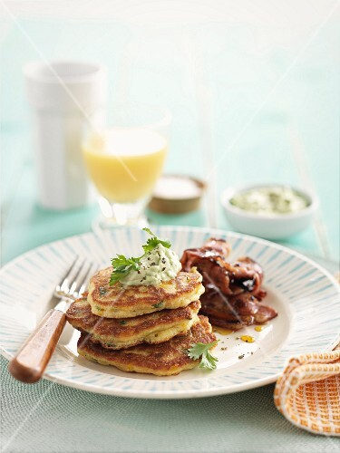 Corn cakes with bacon