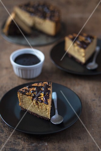 Lactose-free millet cake with a cocoa ganache
