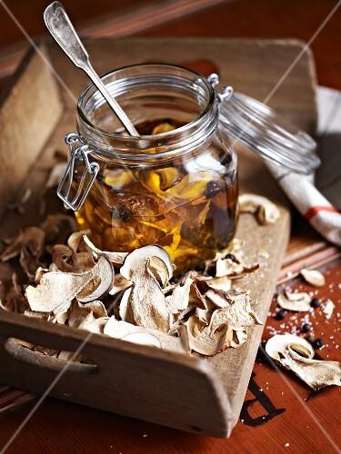 Porcini mushroom oil