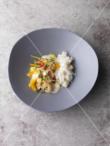 Fried Chinese cabbage with pineapple and mango served with scented rice and white peaches
