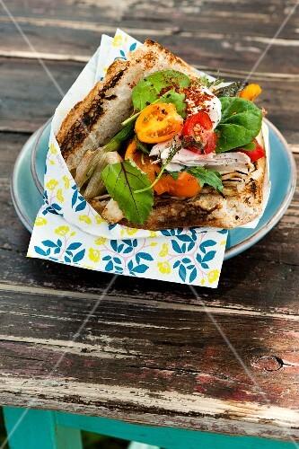 Garden donner with grilled chicken and garden vegetables
